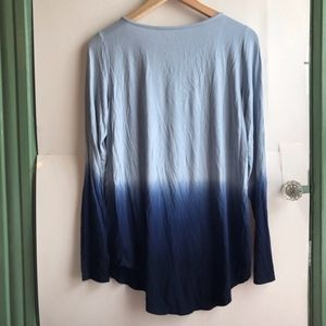 American Eagle Outfitters Tops - AMERICAN EAGLE Navy Blue Ombre Lace Up Long Sleeve